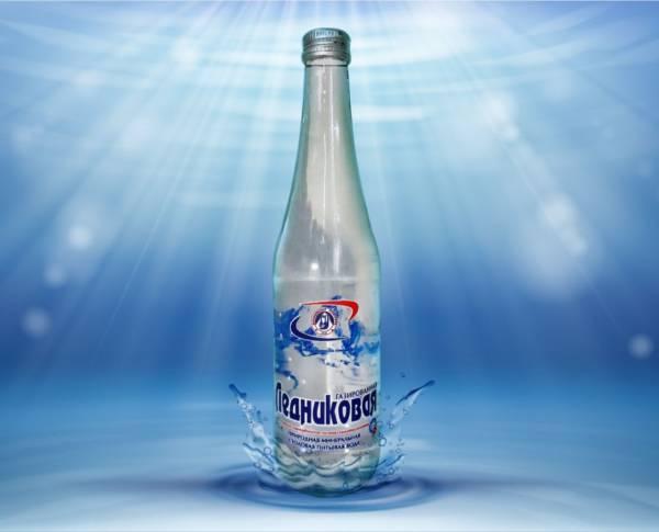 Вода минеральная газированная Ледниковая 0,5л стекло