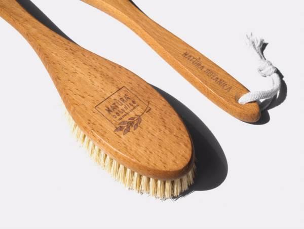 Щетка для сухого массажа большая с ручкой Natura Botanica