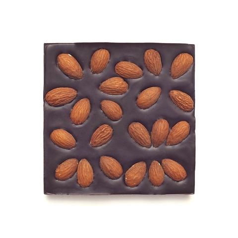 Шоколад ремесленный горький 72% на финиковом пекмезе с жареным миндалем 90г