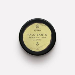 Соевая свеча с эфирными маслами Пало Санто, мандарина, лимона, жасмина с кристаллом цитрина и цветками жасмина 100г