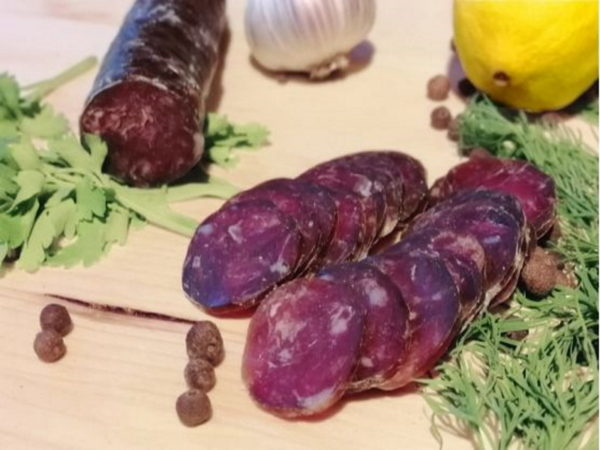 колбаса сыровяленая из оленины