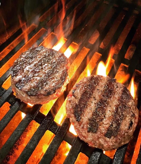 Котлеты для бургера мраморная говядина Блэк Ангус 300г приготовление бургеров